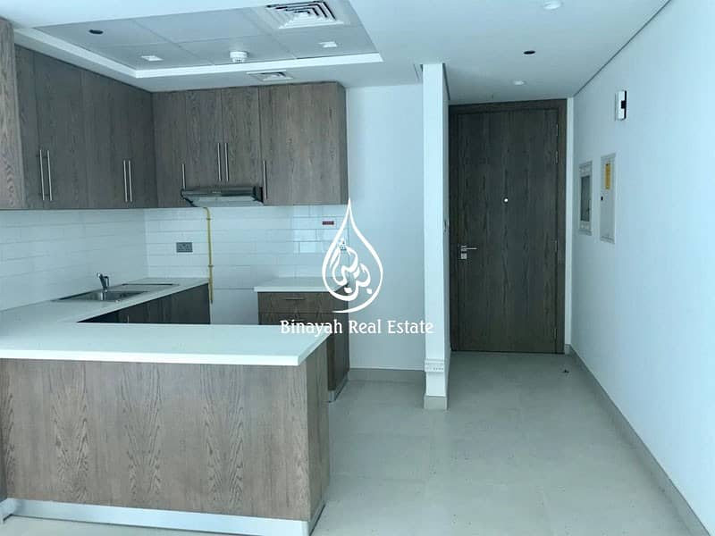 10 Available 1BR   52k in 4 Chqs   Montrose