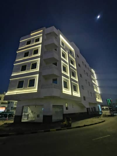 Building for Sale in Corniche Ajman, Ajman - For sale, building in Ajman, residential, dealers, in a very distinctive location, on the corner of three streets, super deluxe finishing, large area and price for a shot for the owners of luxury and distinction