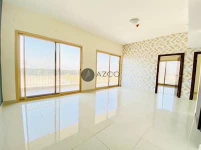 فلیٹ 3 غرف نوم للايجار في قرية جميرا الدائرية، دبي - Grab This 3BHK Plus Maid Room|Spacious Living Room
