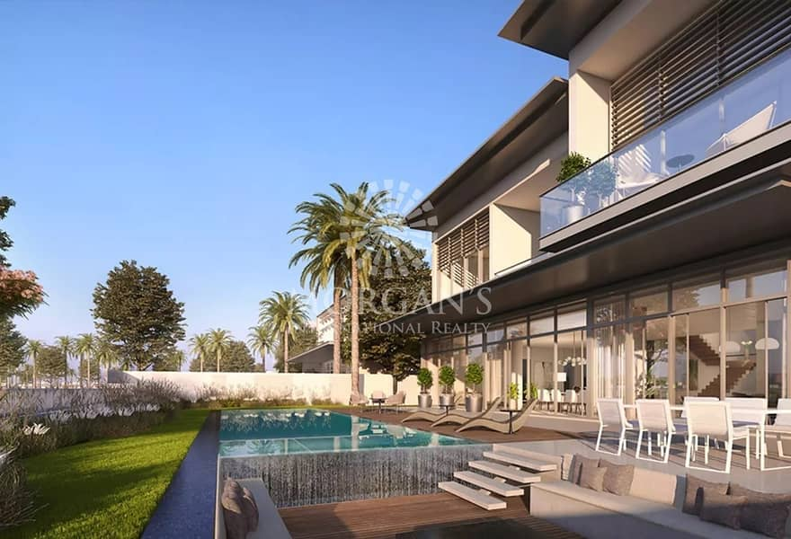 Stunning 6 BR Villa Contemporary Style