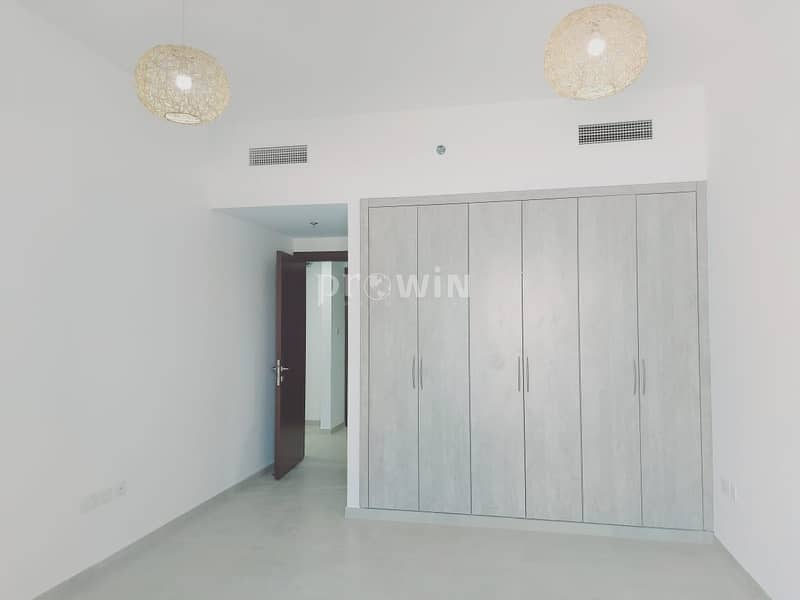 2 Negotiable Price   Beautifully Designed 1 BR Apt   Excellent Location !!!