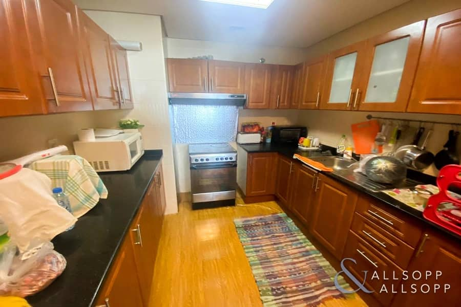 10 2 Beds | Vacant On Transfer | Low Floor