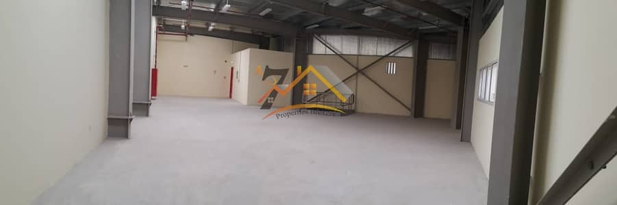 مستودع  للايجار في الورسان، دبي - Warehouse | Commercial And Storage Use | Near to Dragon Mart | Ground Mezanine.