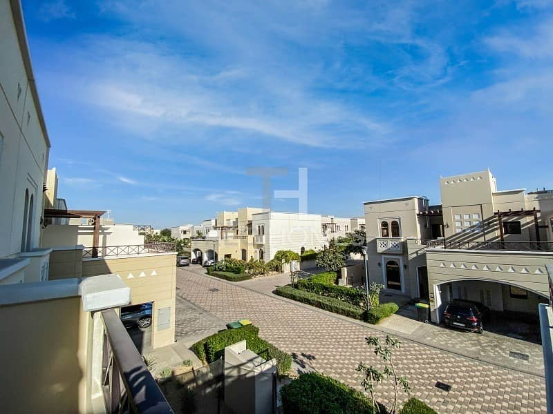 28 Single Row 4 Bed Upgraded Townhouse Al Salam