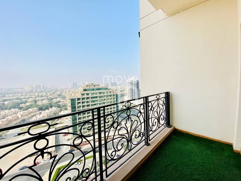 23 Stylish Furnished 2 Bed High Floor Open Views