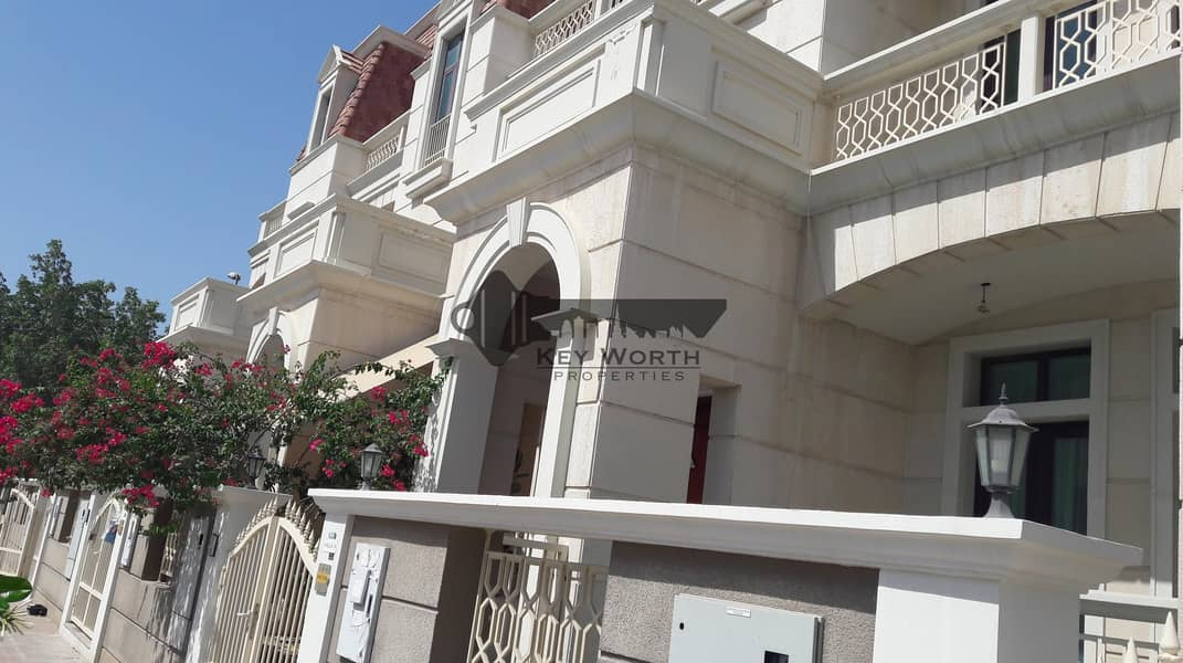 2 Best lowest price I near to park I Spacious townhouse