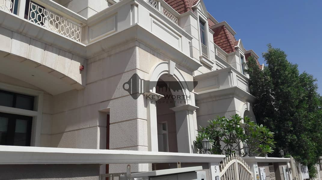 13 Best lowest price I near to park I Spacious townhouse
