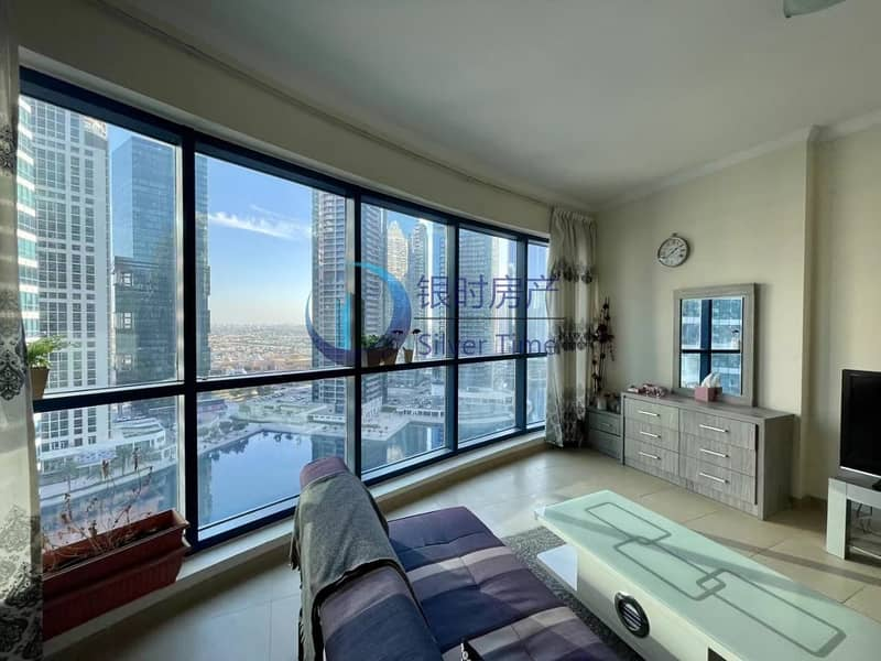 2 Stunning Lake View   Fully Furnished   Well maintained