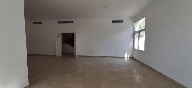 فیلا 4 غرف نوم للايجار في المرور، أبوظبي - Villa zafarana 4bhk c/o Jameel