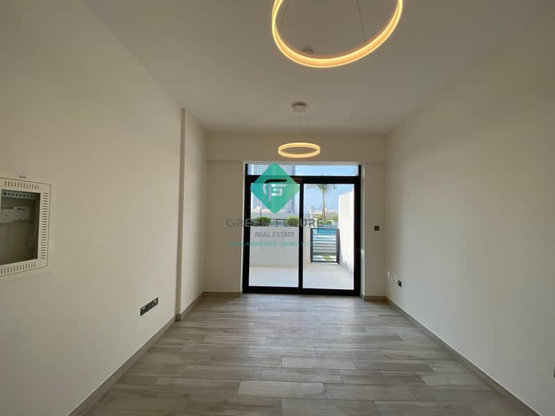 BRAND NEW STUDIO FOR SALE OXFORD RESIDENCE 2 | Fully Kitchen Equipped