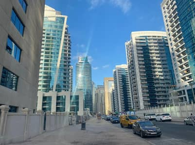 1 Bedroom Flat for Rent in Dubai Marina, Dubai - Chiller free High floor 1 Bed with balcony pay up to 12 payments