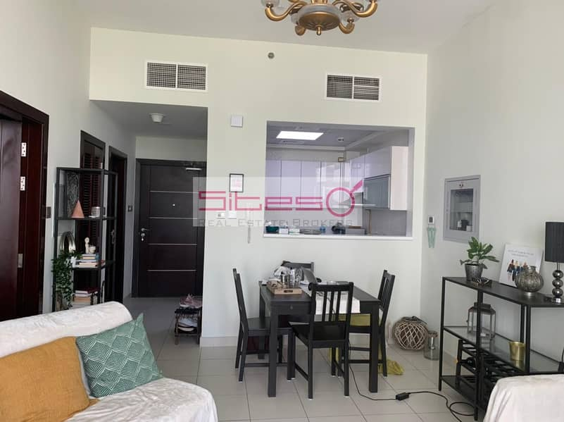 2 Furnished 1 bedroom/Garden view/4 cheques/ Glitz 3