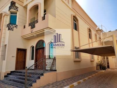 فیلا 5 غرف نوم للايجار في مدينة محمد بن زايد، أبوظبي - 5 Bed room with majlis and Salah private entrance with yard in mbz