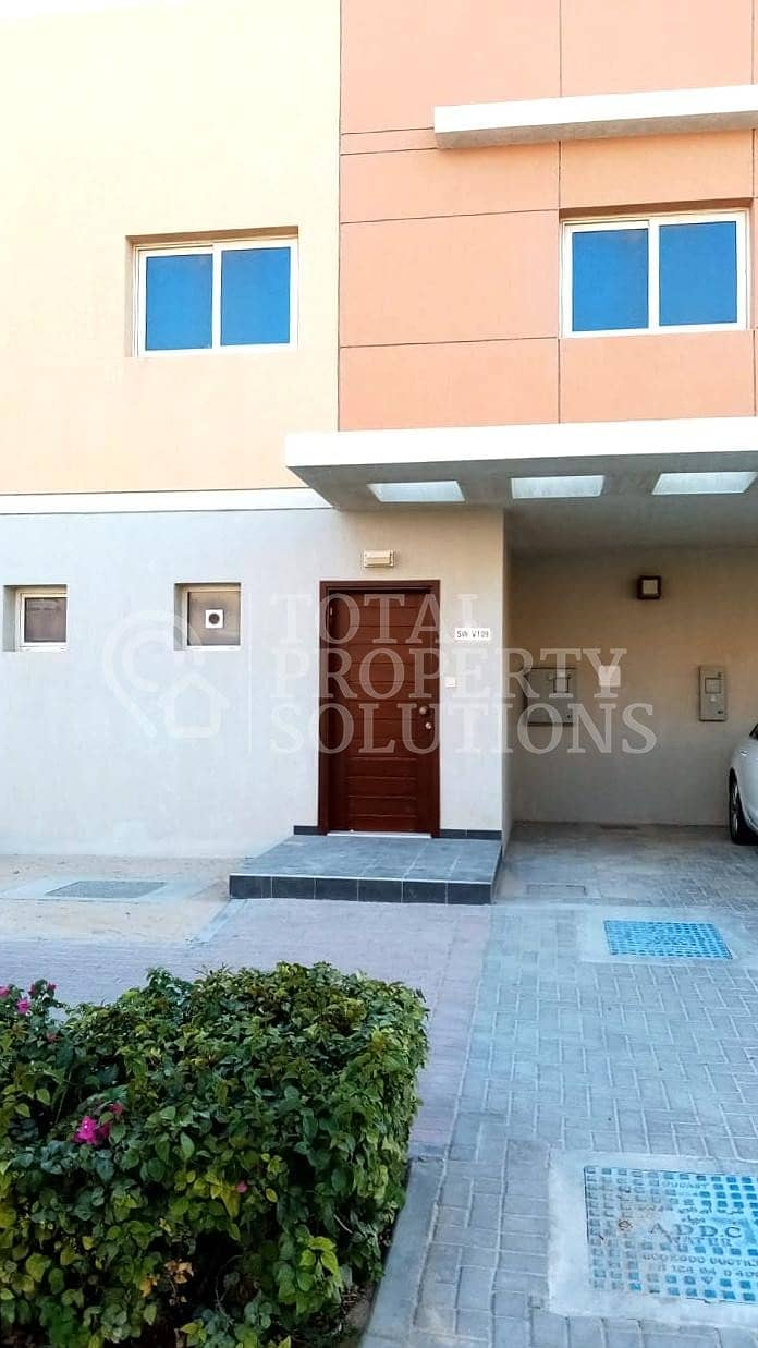 Single Row 3 Bed Villa | with Private Garden | 5 Payments