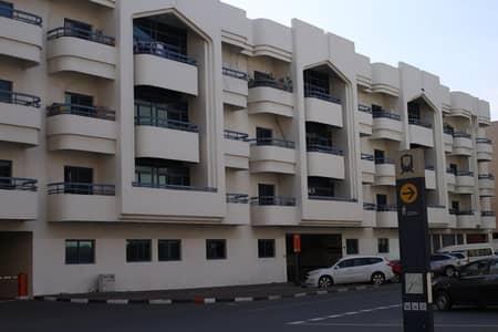 شقة 2 غرفة نوم للايجار في بر دبي، دبي - Umm Harrier| 1BR Family only | Direct Owner