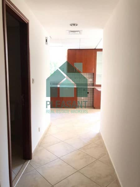 9 BRIGHT CORNER | XL -1BR FOR RENT | COMMUNITY VIEW