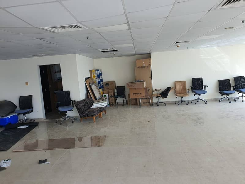 Ready Fitted Office in JLT Fortune Tower High Floor Rent 130K