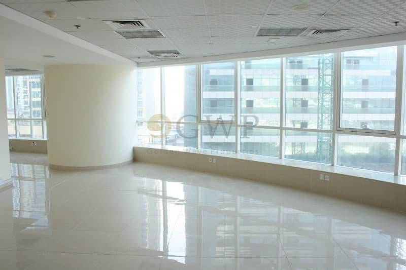 2 Fitted office I Lake and SZR view I Low floor