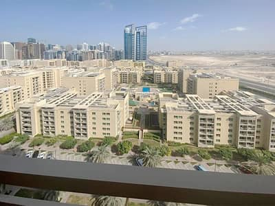 1 Bedroom Flat for Rent in The Views, Dubai - Vacant on 17th of January | Good Location