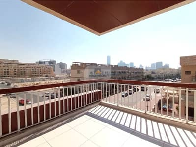 2 Bedroom Flat for Rent in Jumeirah Village Circle (JVC), Dubai - Pay 4Chqs-2Mths Free | 2BR+Maid | Large Balcony