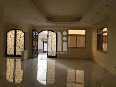 فیلا 7 غرف نوم للايجار في مدينة محمد بن زايد، أبوظبي - Standalone 7 Master Beds Villa with Driver