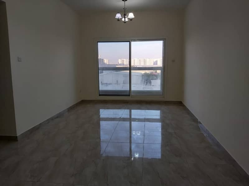 2 Clean and Cozy 3BHK Apartment at a Low Rate