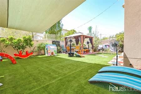 3 Bedroom Villa for Sale in The Meadows, Dubai - Exclusive | Upgraded | Converted Bedroom |