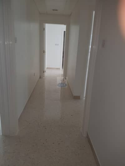 Spacious 3 bed room  flat wit huge balcony and sea view in new building in end of Hamdan st