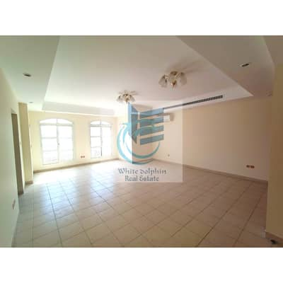 فیلا 5 غرف نوم للايجار في القرهود، دبي - فیلا في القرهود 5 غرف 160000 درهم - 4994819