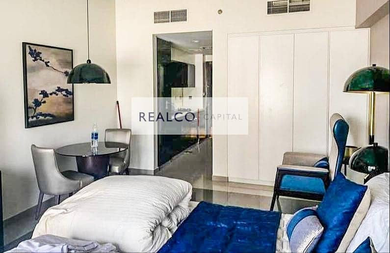 2  POOL VIEW FULLY FURNISHED STUDIO FOR RENT IN DAMAC MAJESTINE BUILDING |