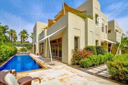 فیلا 5 غرف نوم للبيع في البراري، دبي - Upgraded With Gym and Cinema
