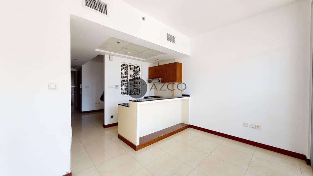 Partitioned Studio |Fitted Kitchen With Appliances