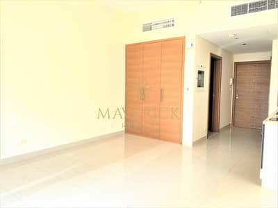 استوديو  للايجار في وسط مدينة دبي، دبي - Huge Studio | Chiller Free | Lowest Price