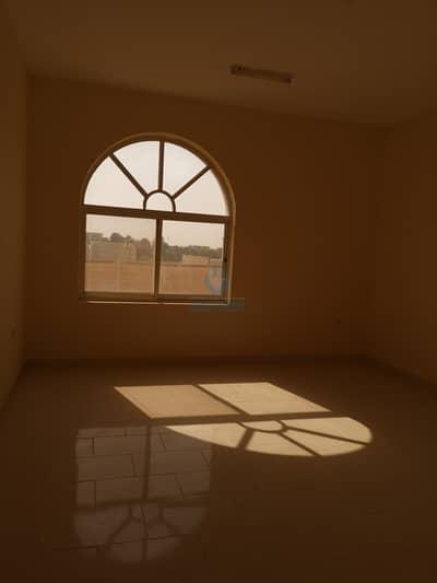 7 Bedroom Villa for Rent in Al Marakhaniya, Al Ain - Nice villa for rent in AL markhania