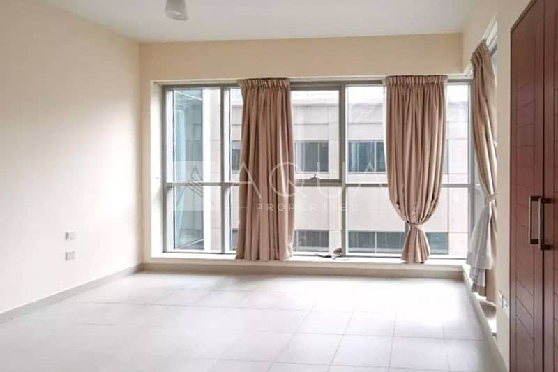 2 Low Floor Unit | Vacant | Centrally Located