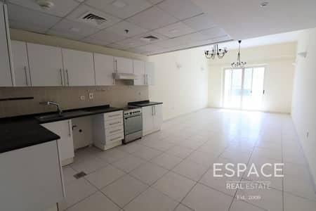 1 Bedroom Apartment for Rent in Dubai Marina, Dubai - Kitchen Equipped   Spacious   Vacant