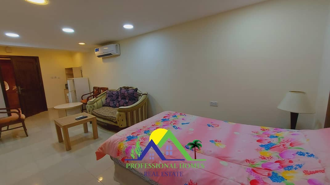 STUDIO WITH FURNISHED INCLUDING WATER AND ELECTRICITY AND INTERNET
