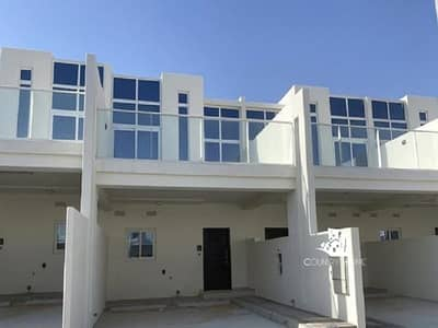 Huge 2 Bed Villa in Pacifica | Fully Furnished