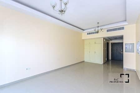 استوديو  للايجار في قرية جميرا الدائرية، دبي - Large Ground Studio | Chiller free | 12 Cheques