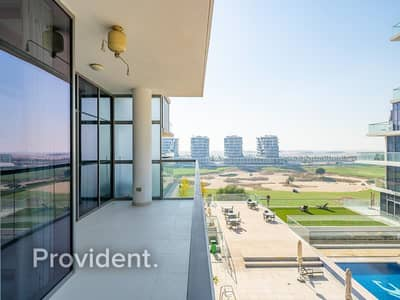 فلیٹ 2 غرفة نوم للبيع في داماك هيلز (أكويا من داماك)، دبي - Luxury Furnishings | Fantastic Views | Balcony
