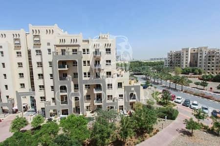 2 Bedroom Flat for Sale in Remraam, Dubai - Closed Kitchen | High Floor Unit | Huge Layout