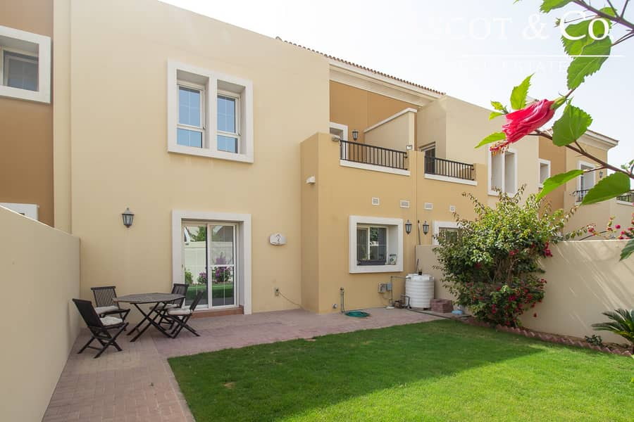 Vacant |Close to Pool |Landscaped Garden