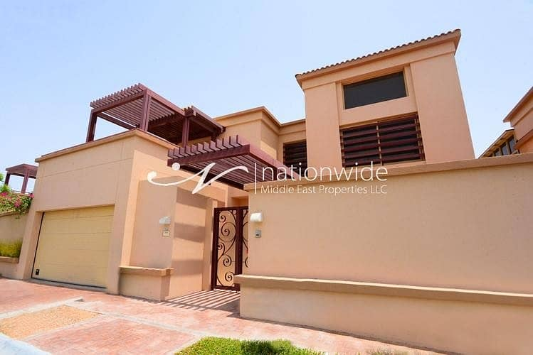 Lovingly Maintained Townhouse + Rental Back