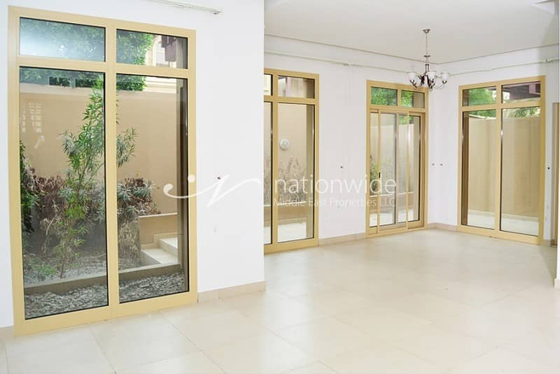 2 Lovingly Maintained Townhouse + Rental Back