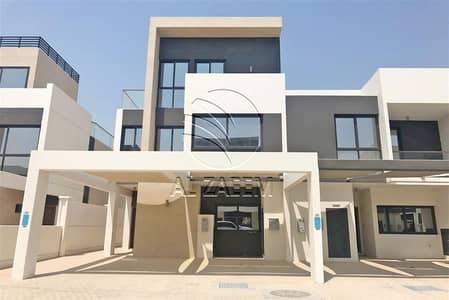 Top Elegance | 5 Bedroom Villa | Exclusive Western Style