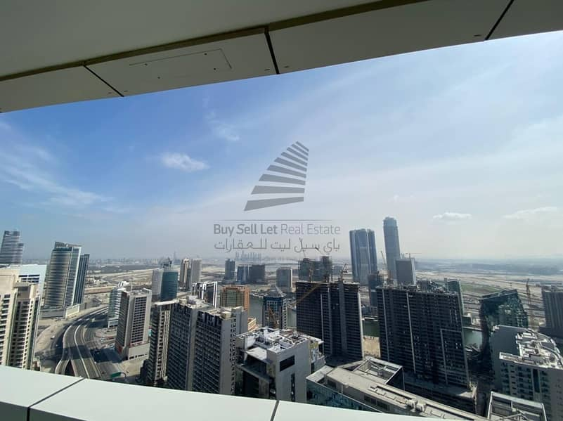 22  UNFURNISHED OPTIONS AVAILABLE IN THE DISTINCTION BURJ KHALIFA