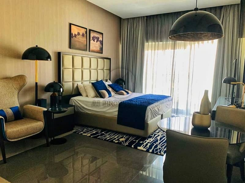 Spacious Living | Bright | Luxury Modern Style