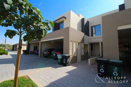 فیلا 3 غرف نوم للبيع في قرية جميرا الدائرية، دبي - Close To A Park | 3 Beds | Single Row 2M