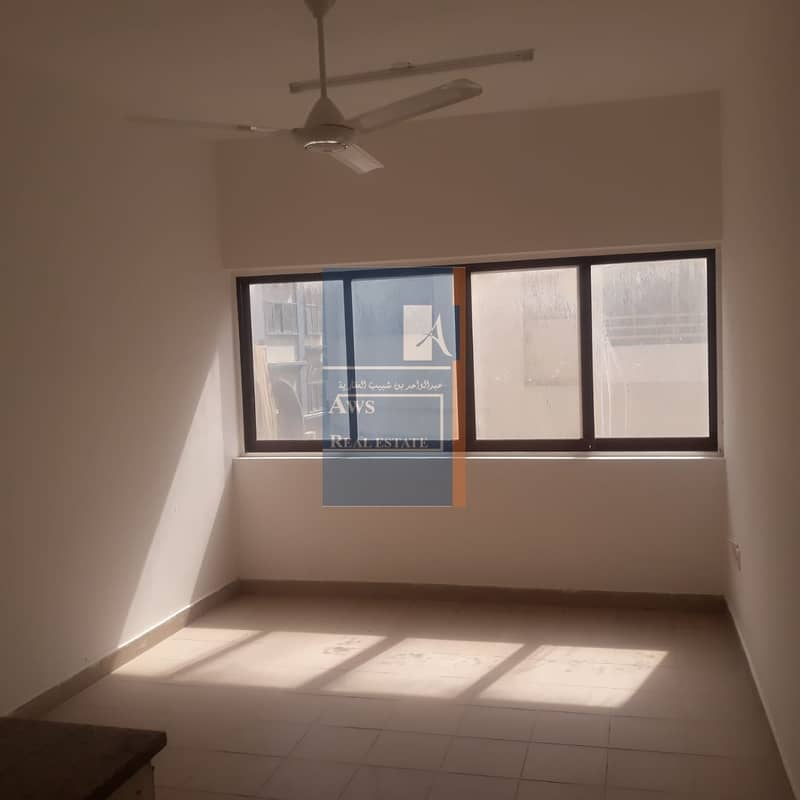 BIG STUDIO AVAILABLE  IN DEIRA -NAIF OPPOSITE  TO NAIF  POLICE STATION-TWO MONTHS FREE