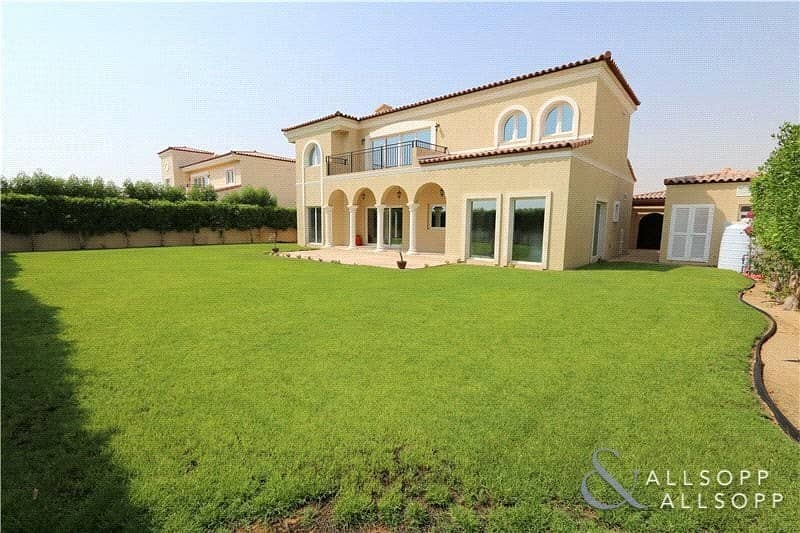 5 Bed Family Villa | Green Community West